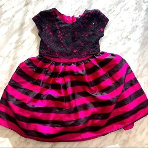 ✨2 for 25✨ Girls George Pink Full Dress size 4T